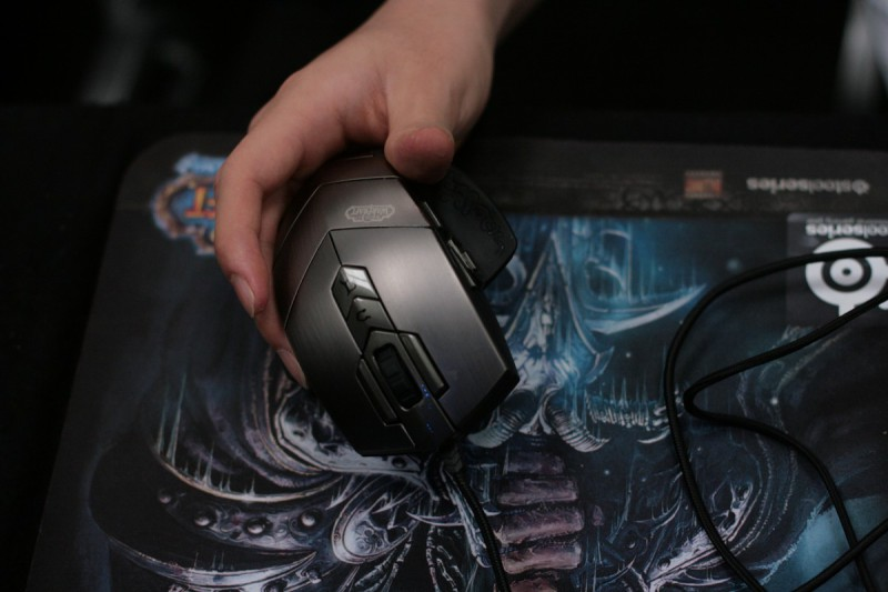 стоимость мыши SteelSeries World of WarCraft MMO Gaming Mouse