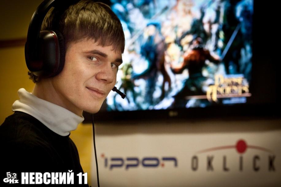 Сергей Щербаков - профессиональный DotA-комментатор