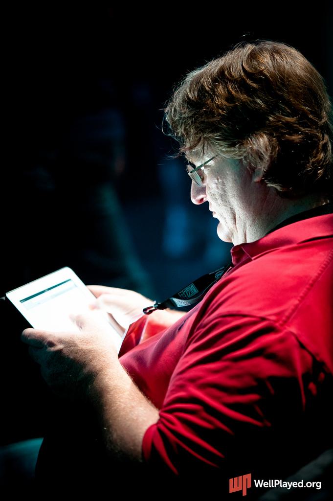 Гейб Ньюэлл на BlizzCon 2011