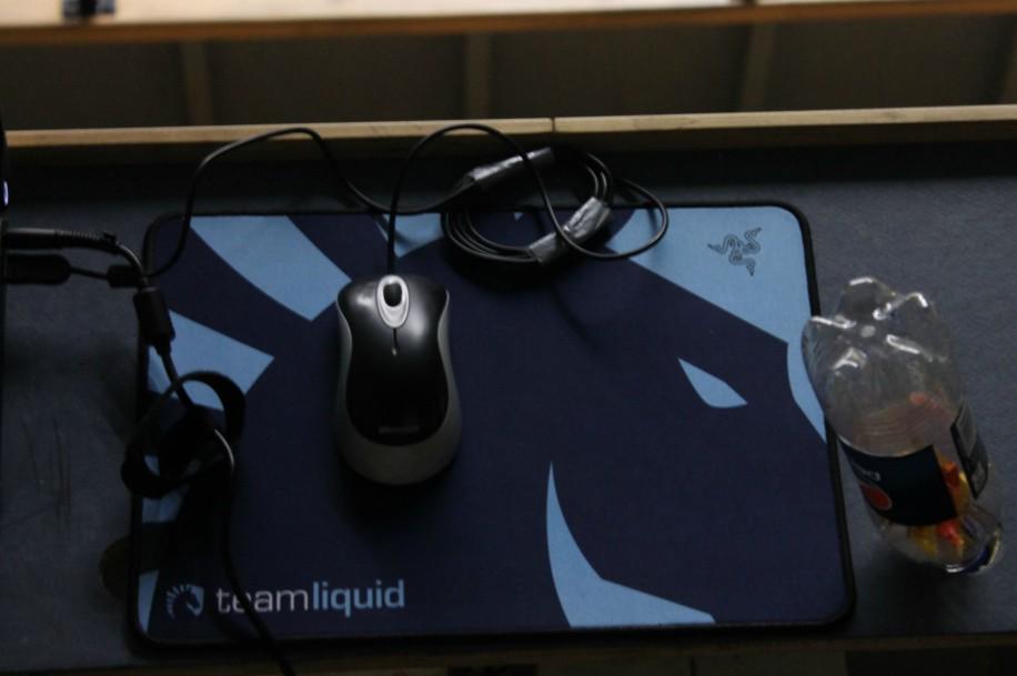 Коврик для мыши от Razer и Team Liquid
