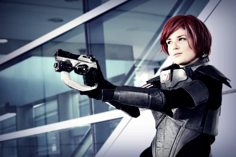 mass effect cosplay 4