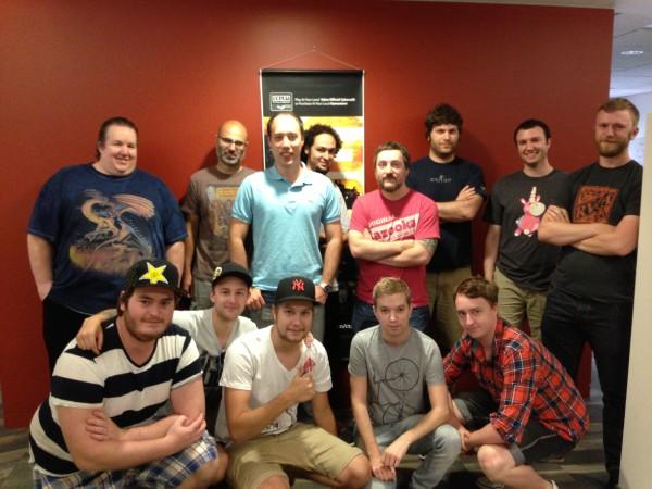 Групповое фото со всем штатом разработчиков Valve