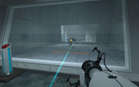 Игрок должен использовать робота (в центре) для уничтожения преград на своём пути. Так он узнаёт о другой механике, необходимой для победы над ГЛэДОС.
