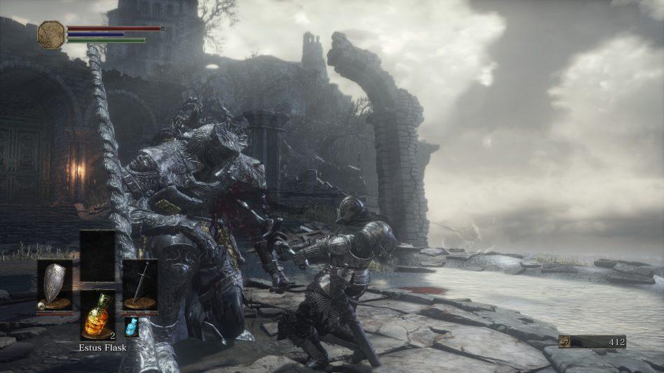 Вытаскивать гигантские мечи из незнакомых дядек, конечно, опасно, но никто не мешает в случае чего втащить еще разок.