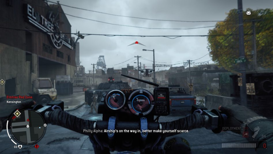 На мотоцикле удобно прорываться сквозь отряды противника. В буквальном смысле.
